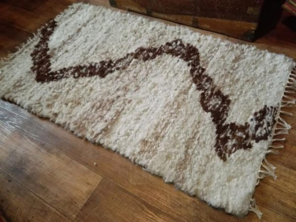 Chocolate Ripple Alpaca Rug